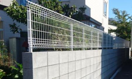 普通ブロック塀/フェンス例2