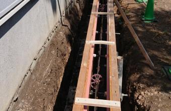 コンクリート塀型枠工事